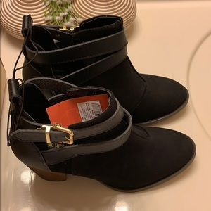 Mossimo Keagan Black Suede Ankle Bootie 7.5 New